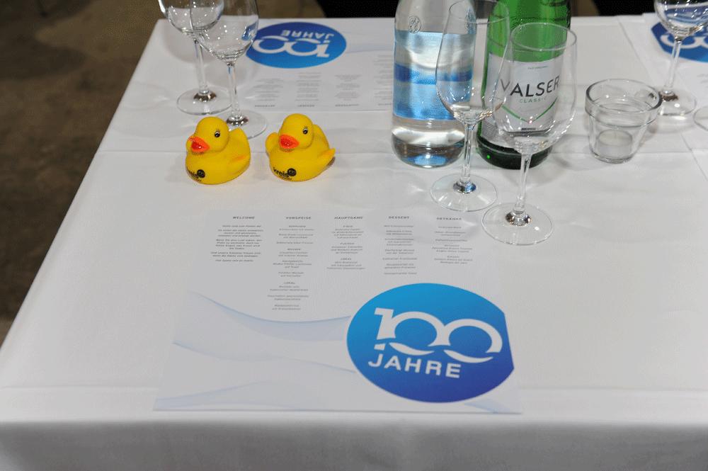 Kreis Wasser Event Identity 100 Jahr Jubilaeum